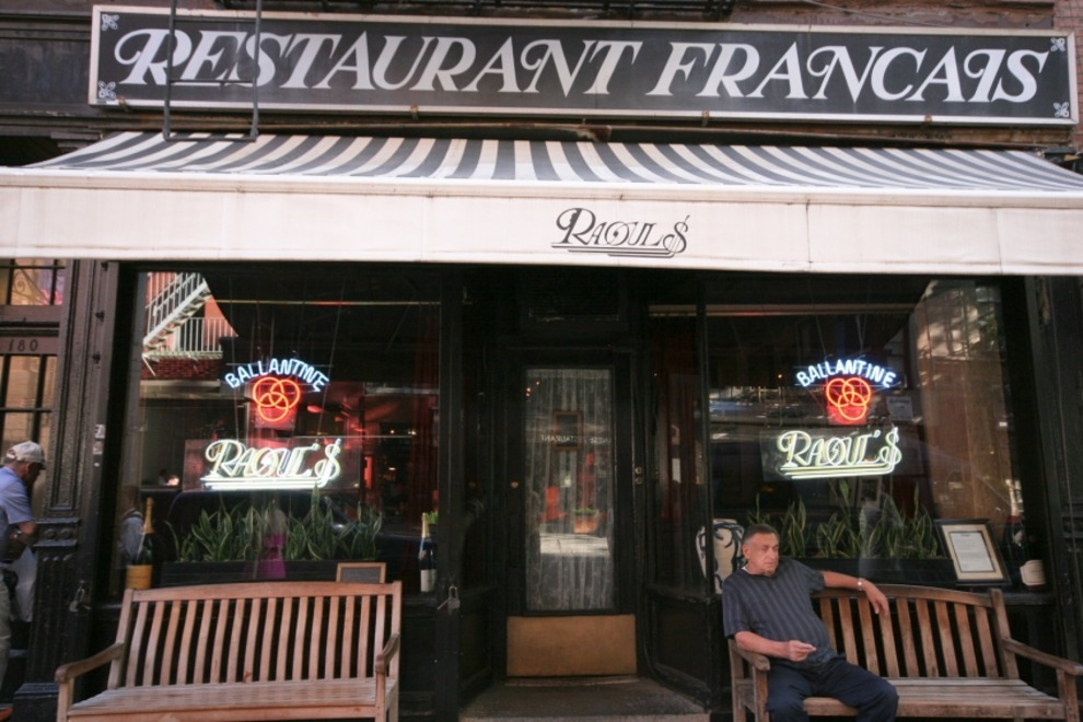 raouls-new-york-ny-usa-restaurants-sohos-best-bistro-nouvelle-european-french-1545925_54_990x660_201406011130